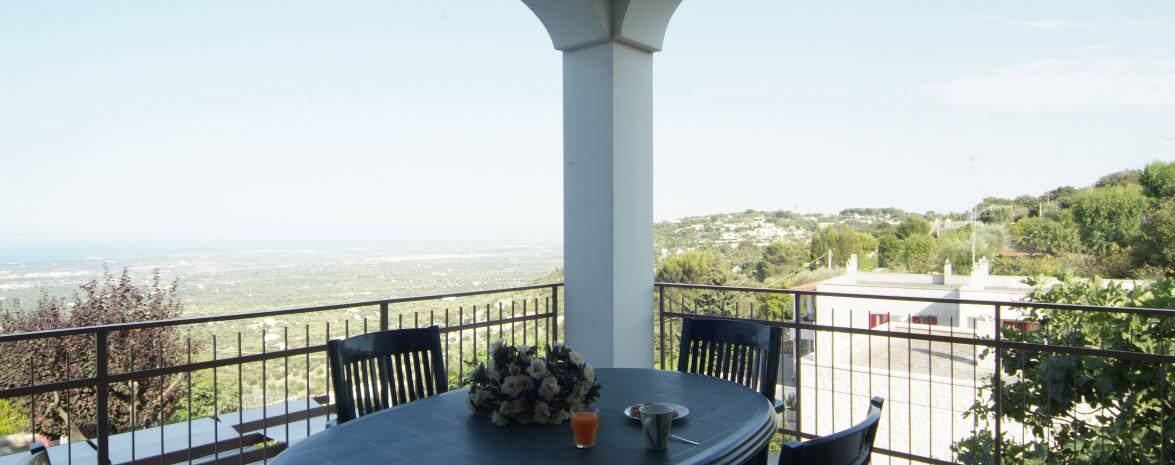 Dining 'Al Fresco' with sea views